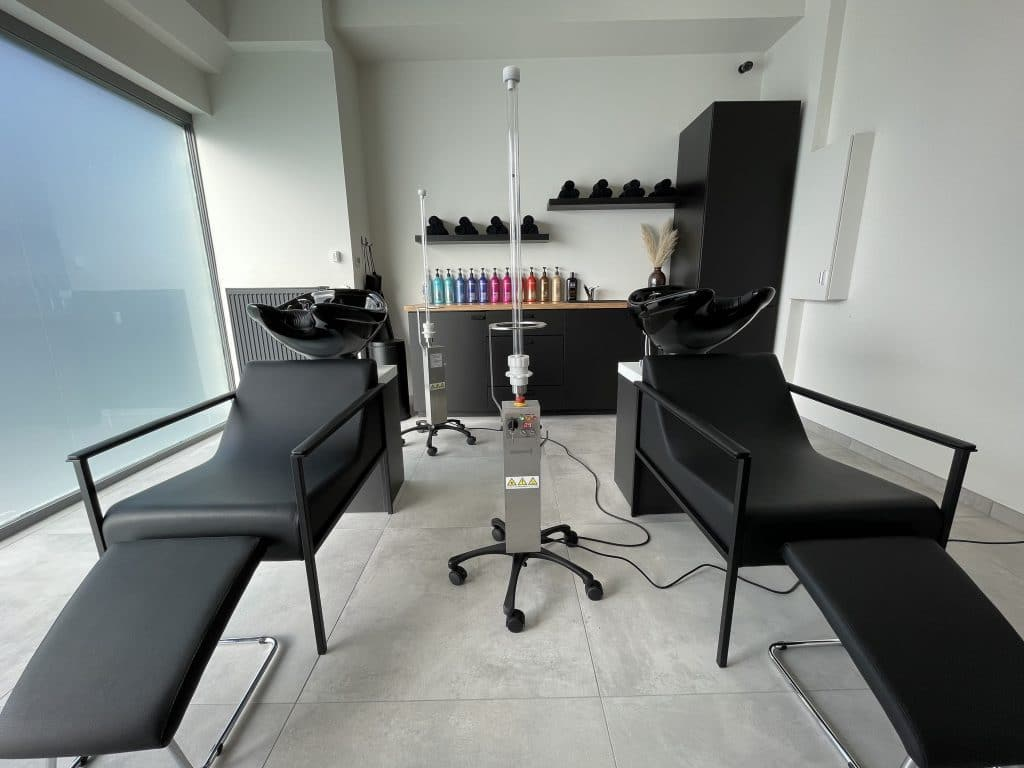 Assurez la reprise de votre salon de coiffure ! Décontamination du salon de coiffure