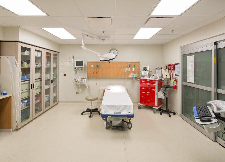 hôpitaux et ambulances